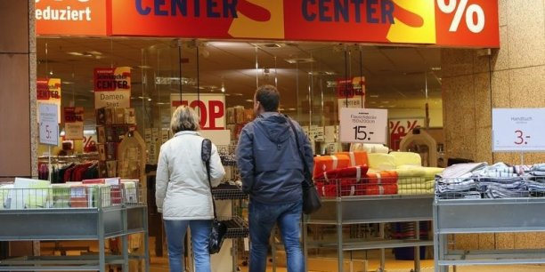 Les prix ont baissé sur un an de 0,2 % dans la zone euro en février 2016.