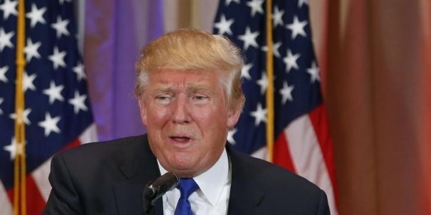 Donald Trump a multiplié les sorties sexistes compromettant son image auprès des femmes, mais, selon le stratège républicain David Carney, il a encore le temps de régler ça.