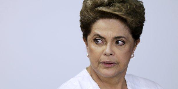 La présidente du Brésil Dilma Rousseff risque d'être destituée.