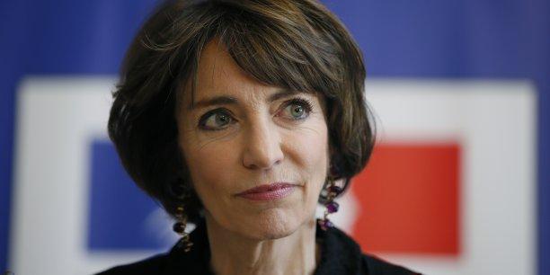 """""""Les dentistes, c'est trop cher"""", a estimé la ministre, invitée de France 3, en ajoutant que le coût des soins dentaires était """"évidemment une préoccupation""""."""