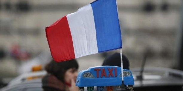 Un fonds annuel de 100 millions d'euros pour racheter des licences — Taxis