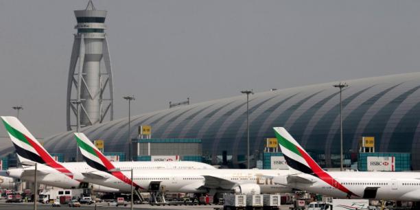 Évacuation d'urgence pour 282 passagers — Emirates Dubaï