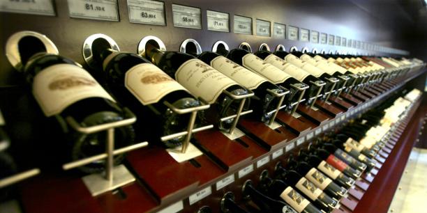 """La multitude des vins français rend peu commode le choix d'une """"bonne"""" bouteille."""