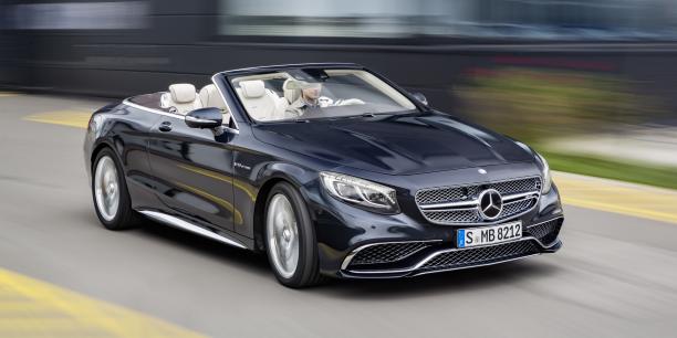 La Mercedes-AMG S 63 cabriolet rivalise directement avec les marques de l'ultra-luxe tels que Bentley ou Rolls Royce.