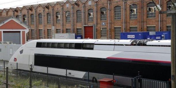 alstom 21 tgv et 20 locomotives pour sauver belfort. Black Bedroom Furniture Sets. Home Design Ideas