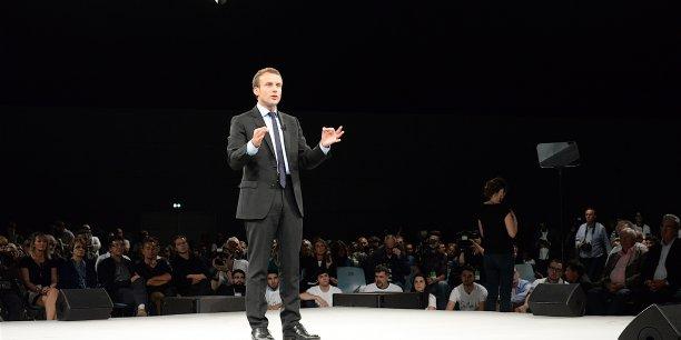 Mardi soir, Emmanuel Macron est monté sur la scène du palais des congrès de Strasbourg, devant 1.200 militants et sympathisants, afin de présenter les premiers résultats de son diagnostic sur l'état de la France.