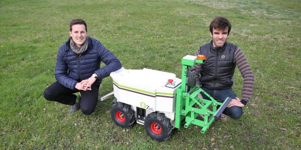 Les fondateurs de Naïo Technologies Aymeric Barthès et Gaëtan Séverac.