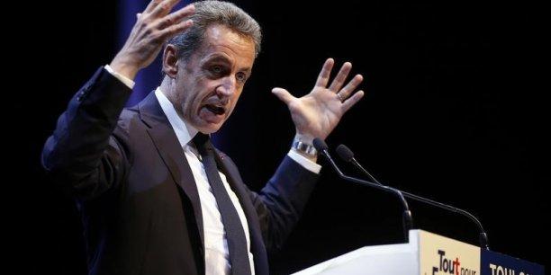Bayrou (MoDem): Sarkozy seul