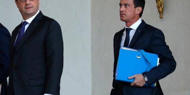 Manuel Valls écarte une démission du gouvernement pour l'instant