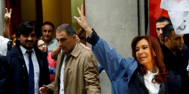 Argentine : Cristina Kirchner, ancienne présidente, inculpée pour corruption