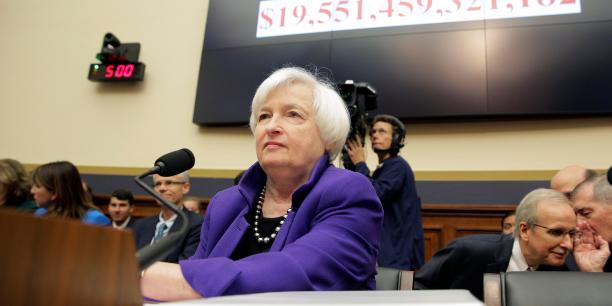 Sur le papier, une politique budgétaire plus expansionniste augmenterait les possibilités d'amélioration des perspectives économiques, ont reconnu les membres du FOMC, tout en se disant prudents. (Photo : Janet Yellen, Présidente du Conseil des gouverneurs de la Fed)