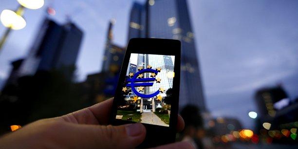 Il sera bientôt possible de payer depuis son smartphone un autre particulier en utilisant son seul numéro de mobile, en euro et de façon instantanée.