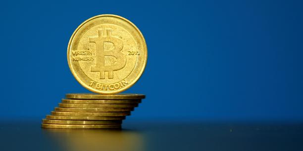 Bitcoin, Onecoin, Swisscoin…, les crypto-monnaies ont le vent en poupe au Nigéria. Mais au lieu que la tendance rassure les autorités quant à l'avancée  de la finance, elle est plutôt source d'inquiétude, en raison d'une utilisation présumée fraudule