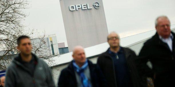Les syndicats d'opel se disent prets a discuter avec psa[reuters.com]