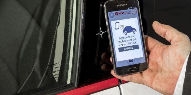 L'une des innovations signée Mecaplast est le montant de porte connecté grâce à une antenne NFC.