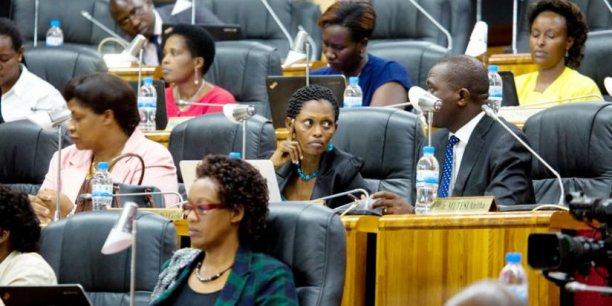 Des femmes siégeant au Parlement rwandais