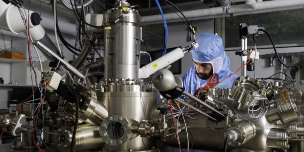 C'est à partir de ce microscope ( LT- Nanoprobe) que la course aura lieu le 28 avril prochain au CNRS à Toulouse