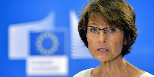 Imaginez que, demain, on oblige les Français qui veulent décrocher de gros marchés publics en Allemagne ou aux Pays-Bas à parler allemand ou néerlandais !, rétorque Marianne Thyssen, commissaire européenne à l'Emploi.