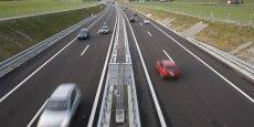 Réduire la limitation de vitesse de 10 à 20 km/h sur tous les types de route, et notamment le périphérique, pourrait avoir des conséquences désastreuses sur l'économie... | REUTERS