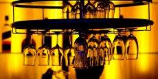 Sur son site, la Société française d'alcoologie se défend de tout conflit d'intérêts en expliquant que les participants des groupes de travail ont communiqué leurs déclarations d'intérêts. Et d'assurer qu'elles ont été analysées par les membres du comité de pilotage et considérées comme compatibles avec leur participation au groupe de travail de cette recommandation de bonne pratique.