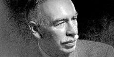 John Maynard Keynes. En France,  le lien entre le socialisme et le keynésianisme a longtemps dominé et a poussé l'État Providence à son paroxysme, justifiant l'étonnement toujours nouveau des Américains pour cette « Union soviétique qui a réussi »