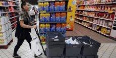 Pendant 10 semaines, plus de 2 millions d'étiquettes seront collées sur 1.300 produits, aux rayons traiteur, conserves, pains et viennoiseries industrielles de supermarchés Casino, Carrefour Market et Simply Market, alors que vingt grandes-surfaces serviront de magasins témoins.