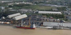C'est dans le port de Bassens (notre photo) qu'a été installée l'unité de démantèlement des navires.