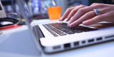 Deux économistes se sont penchés sur la question de l'évolution de la société grâce au numérique.