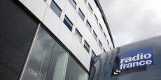 Les grandes radios privées (Europe 1, NRJ, RTL, RMC), réunies au sein du Bureau de la radio, sont farouchement opposées à cette réforme dans un contexte de crise.