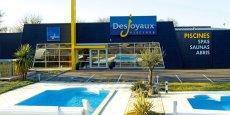 Le groupe Piscines Desjoyaux possède 300 agences, dont 160 en France.