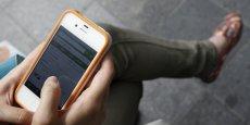 La navigation sur Internet depuis un terminal mobile est très différente, elle passe surtout par des applications, auxquelles les adblockers n'ont pas accès.