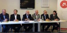Philippe Augé (au centre), entouré des vice-présidents de l'UM