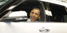 Le président américain Barak Obama au volant d'une Ford Explorer en 2011.