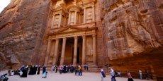 Lieu clé pour le tourisme jordanien, classé parmi les sept merveilles du monde, Pétra est aujourd'hui en train de dépérir, entraînant toute une région dans la torpeur.