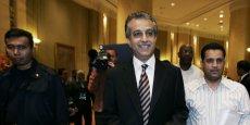 Le candidat barheïni à la présidence de la Fifa a fait des propositions choc pour stopper les affaires de corruption, mais se trouve lui-même accusé d'avoir participé à la répression des manifestations anti-régime dans son propre pays en 2011.