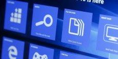Windows 10 est censé réparer les erreurs de son prédécesseur Windows 8, avec lequel Microsoft espérait se relancer sur le marché du mobile face à Apple et Google, mais qui n'avait pas réussi à séduire les consommateurs et les entreprises.