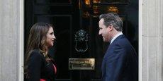 Sur la photo, la reine Rania et le Premier ministre le 8 janvier, devant le 10 Downing Street à Londres.