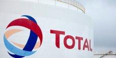 Les réductions de coûts opérationnels de Total devraient atteindre 2,4 milliards de dollars cette année.