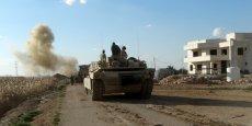 LES FORCES IRAKIENNES AVANCENT À L'EST DE RAMADI