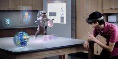 Uniquement disponible pour les développeurs du monde entier, le casque de réalité virtuelle HoloLens de Microsoft embarque déjà deux jeux signés par le français Asobo Studio qui mobilise 100 personnes à Bordeaux.