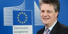 Jonathan Hill, Commissaire européen aux services financiers