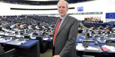 """""""Critiquer la BCE n'aide pas l'euro. Ce qui aiderait réellement serait une vraie collaboration entre les gouvernements, afin de donner à l'euro une meilleure structure, une meilleure architecture"""", assure l'eurodéputé allemand (SPD) Jakob von Weizsäcker."""