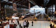 Les quatre syndicats représentatifs de la SNCF appellent désormais les cheminots à une grève dure, reconductible de jour en jour.