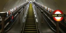 Le service de nuit pourrait permettre de créer près de 2.000 emplois, indique un rapport sur ses retombées économiques publié par TFL, la régie des transports en commun londoniens.