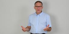 """Pour le Dr Alain Livartowski, avec ce """"Google 3.0 du cancer"""", """"il sera possible, en trouvant des patients similaires, de mieux aiguiller le diagnostic""""."""