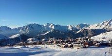 L'Alpe d'Huez développe sa capacité d'hébergement et son domaine skiable en ciblant la clientèle internationale.