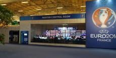 La salle de contrôle principale de l'IBC, où toutes les images produites par l'UEFA transitent avant d'être envoyées partout dans le monde.