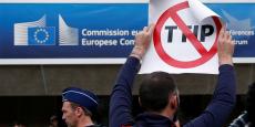 L'Union européenne s'est engagée à l'occasion de la COP 21 à réduire de 80% -par rapport aux niveaux de 1990- ses émissions de gaz à effet de serre avant 2050, et de 40% avant 2030.