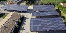 Les installations photovoltaïques opérées par Urbasolar sur les toits des bâtiments de l'hôpital de Tarascon.