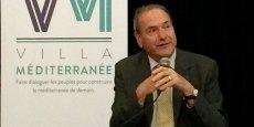 """Henry Marty-Gauquié, directeur honoraire de la Banque européenne d'investissement (BEI) et membre du Groupe d'analyse JFC Conseil, lors de sa conférence aux """"Mardis de l'économie"""" de la Villa Méditerranée de Marseille, le 28 juin 2016."""